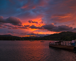 Dramatic sunset Waterhead | by singingsnapper