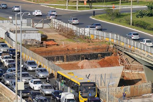 Obras de alargamento do viaduto da EPTG/EPCT serão retomadas