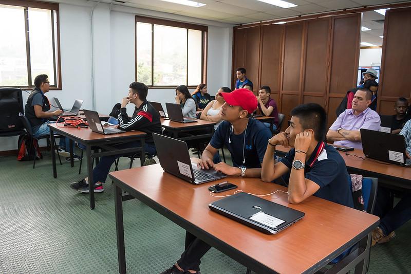 Intercambio Internacional de conocimientos en Tecnología en Informática - Cali