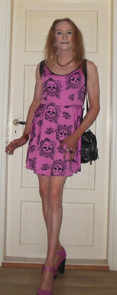 #smile #posing #smoking #cigarette #smokingtgirl #summerdress #summertime #barelegs #highheels #tgirl