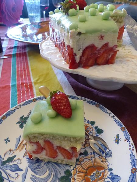 fraisier dans assiettes pivoines en Giens