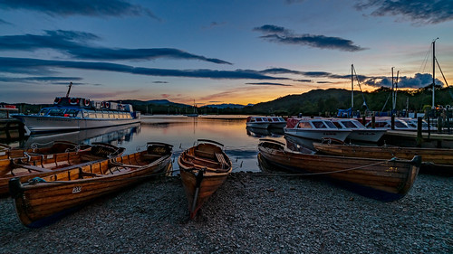 Twilight at Waterhead 1 | by singingsnapper