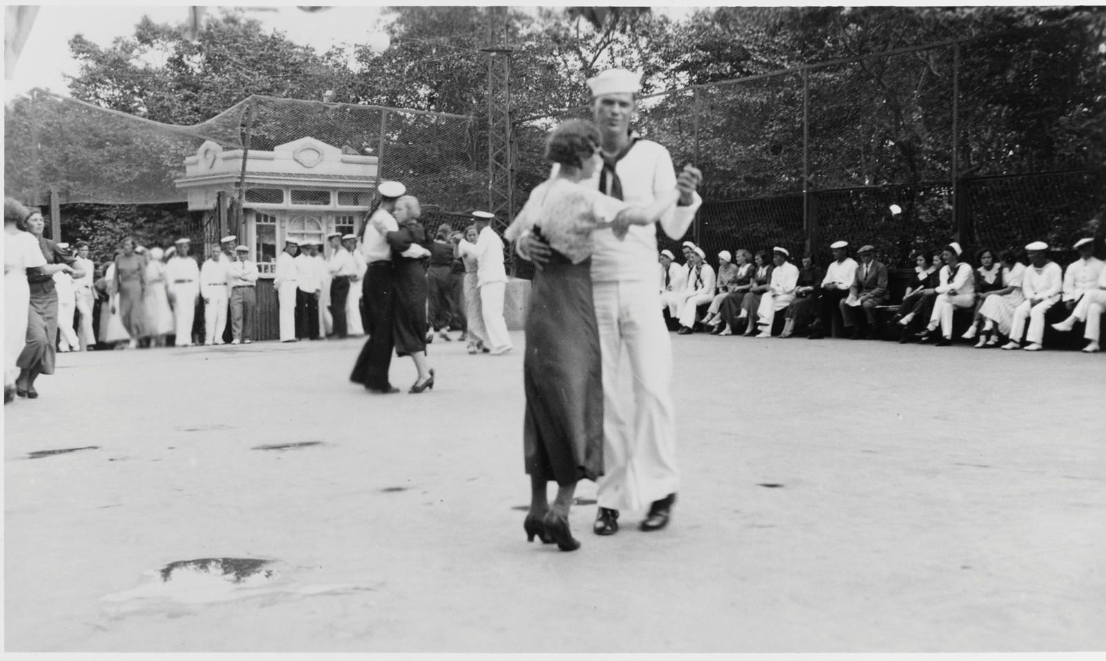 Интернациональные танцы