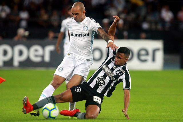 Botafogo 0 x 1 Grêmio - 12/06/2019