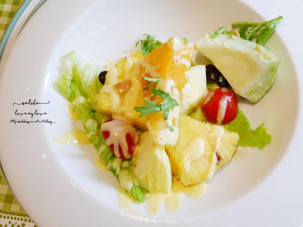 台北平價浪漫約會餐廳推薦LIRA義大利廚房樓中樓古典風情 (1)