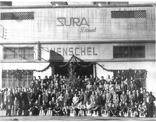 treballadors Henschel Sura davant fàbrica l'Hospitalet del Llobregat Nadal