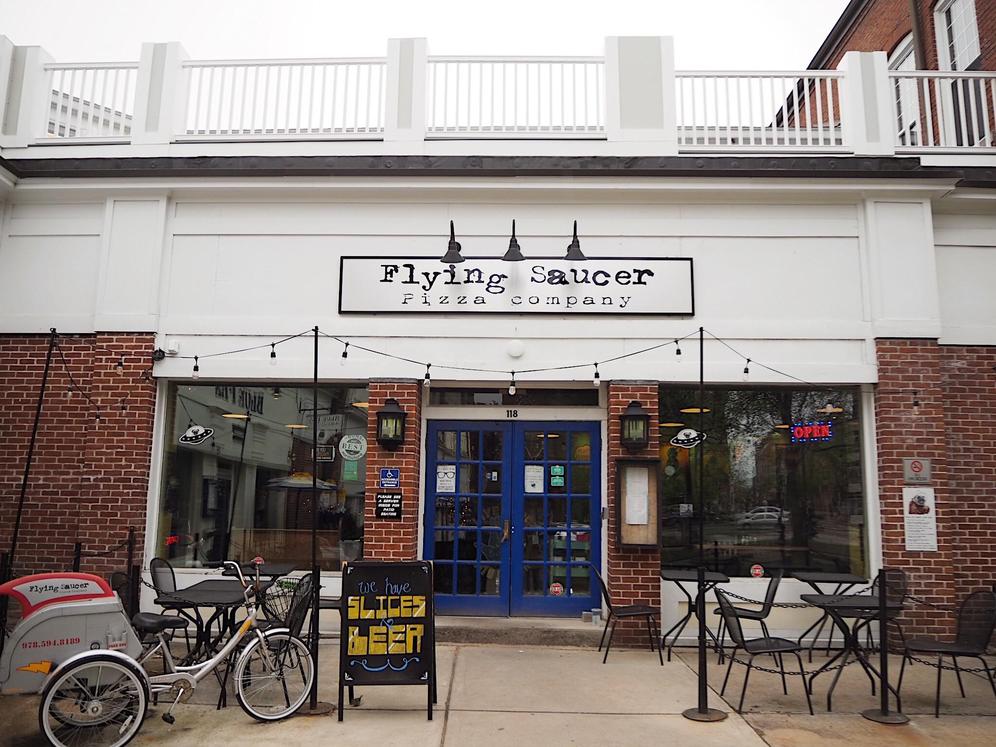 flying saucer restaurant Salem massachusetts