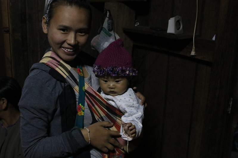 Jabu's daughter and grandchild in Hoi Nam Rimj.