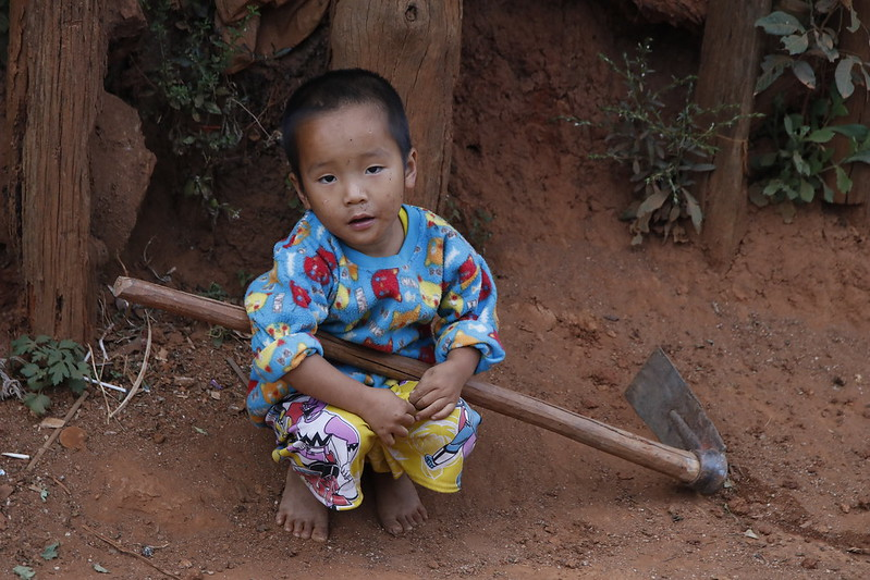 Black Lahu child in Hoi Nam Rim.