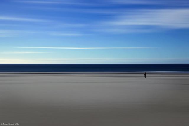 En la soledad de sus pensamientos - In the solitude of his thoughts