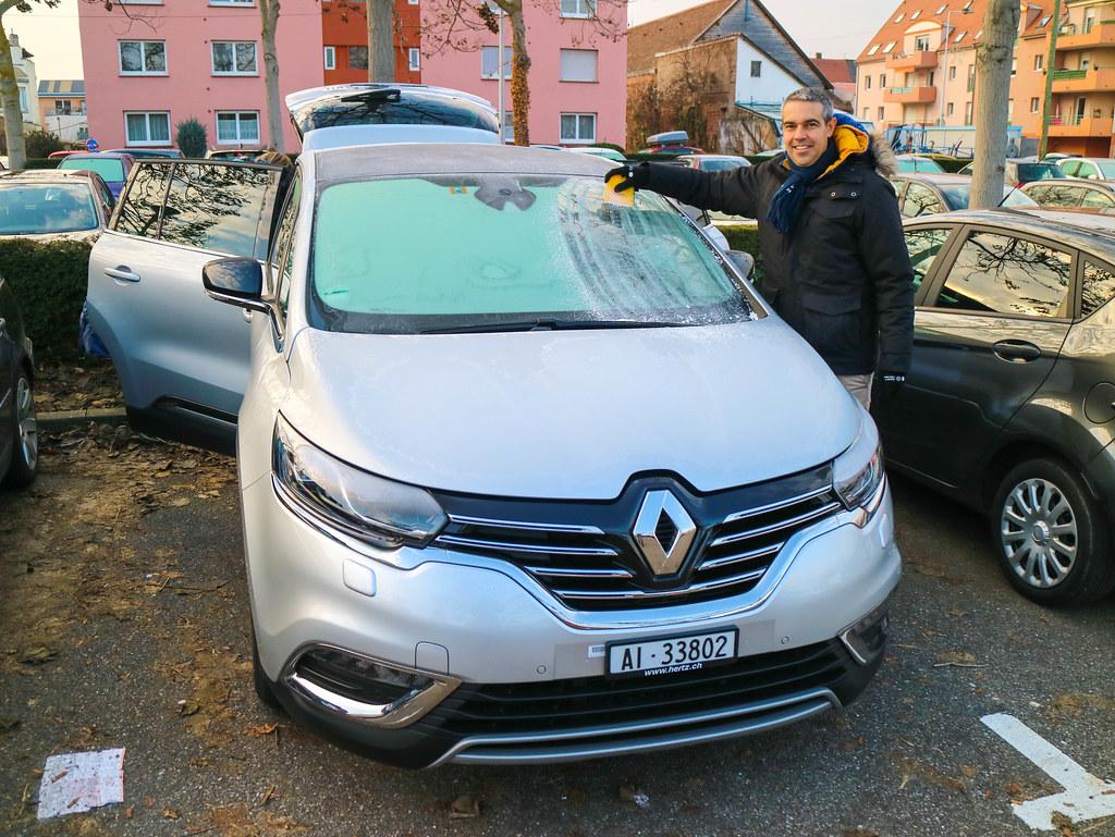 Escarcha en el coche en Alsacia