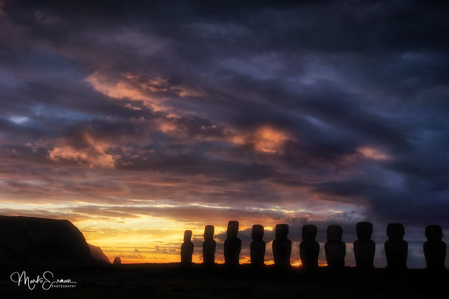 Enchanting morning in Easter Island
