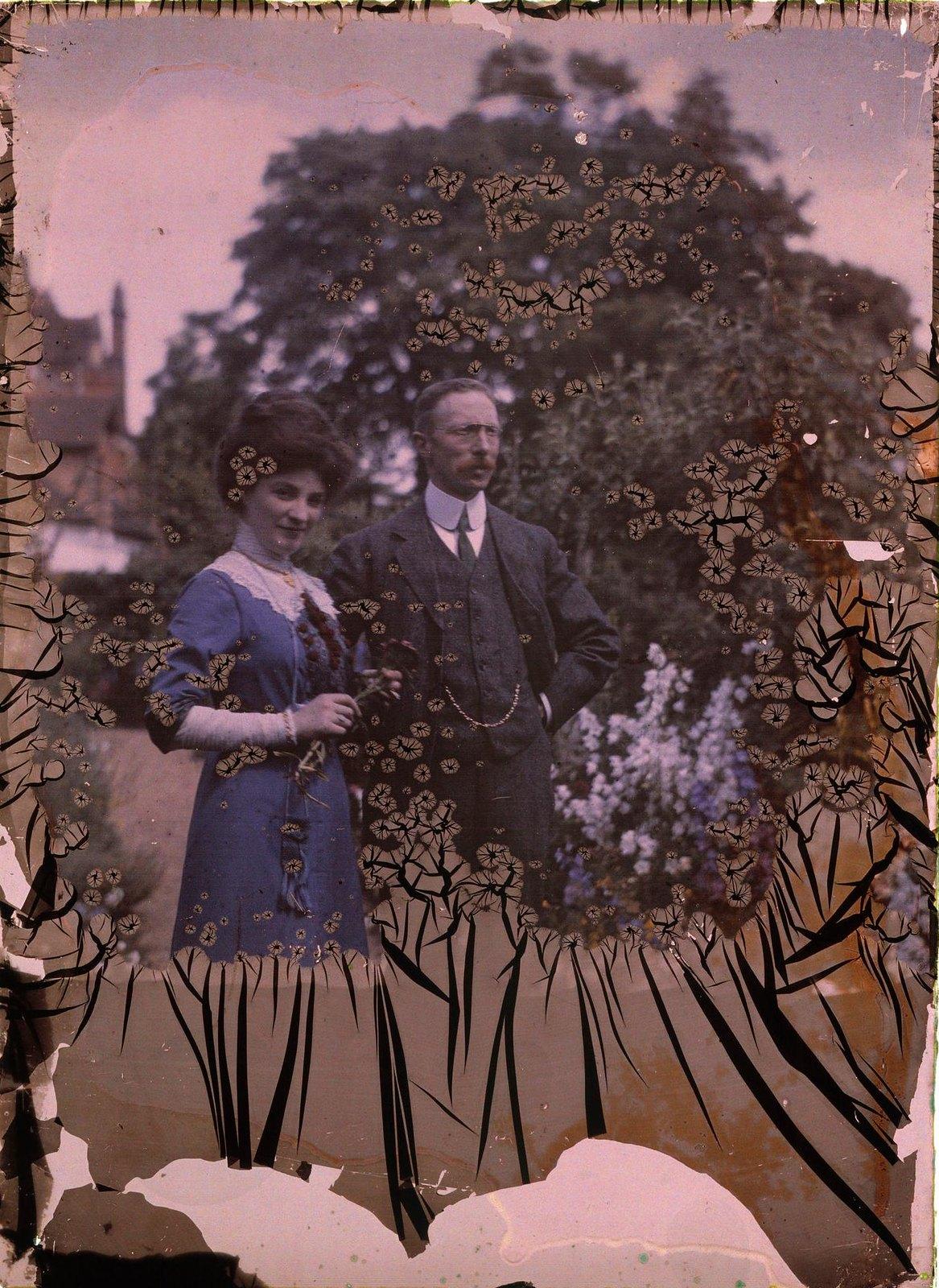 1911. Сэр Уильям Гершель в саду обсерватории