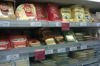 Challenge Friday, week 23, theme slice (1) - Sliced cheese at Waitrose