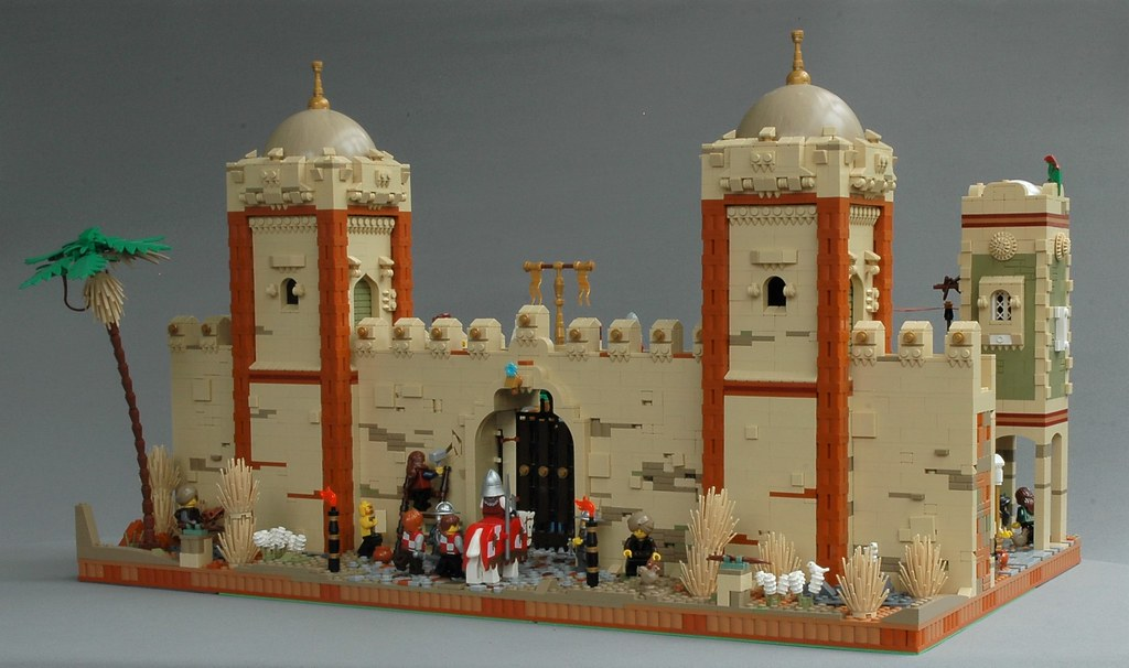 Protecting the city of Mophet – the outer walls (custom built Lego model)