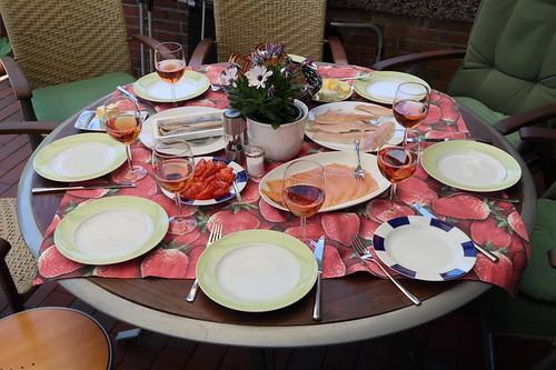 Mittagsimbiss (Tischbild)