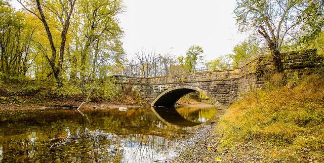 Fall day at Town Creek Aqueduct