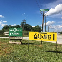 Look for these signs around Fairfield County this weekend! @agandarttour #fairfieldsc #farmtour