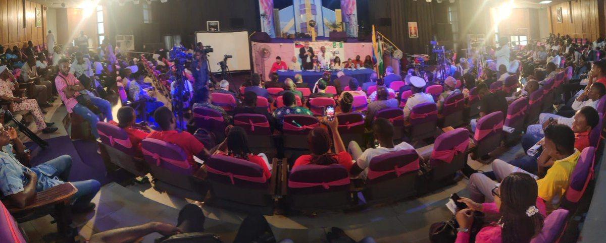 Vicepresidente Istúriz concluye visita a Nigeria con acto de solidaridad en apoyo a Venezuela