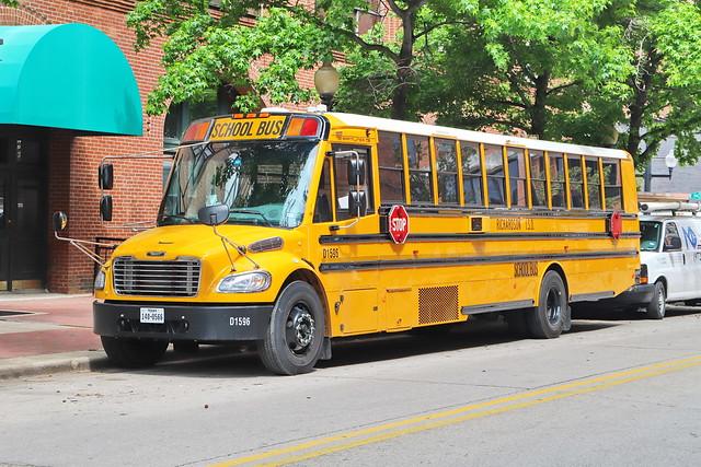 Thomas Schoolbus in Dallas TX 29.4.2019 0402