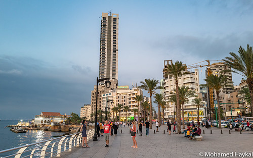 ain el mraisseh beirut coastal cornish renovated city center district famous nightlife luxury hotels international coffee shops mohamed haykal mohamad leica q2 leicaq2 mediterranean sea waterfront water front reflection dusk sunset