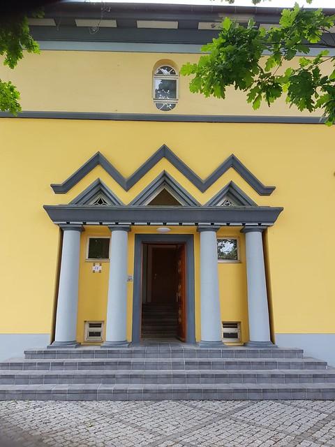 1923 Güstrow expressionistisches Säulenportal mit toskanischen Säulen Villa John-Brinkman-Straße 11 in 18273