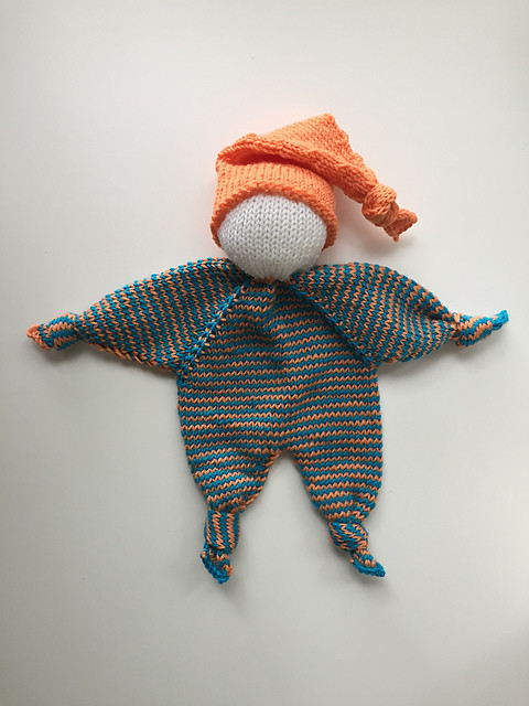Christina knit this sweet Knubbelchen by pezi888 using Drops Baby Merino