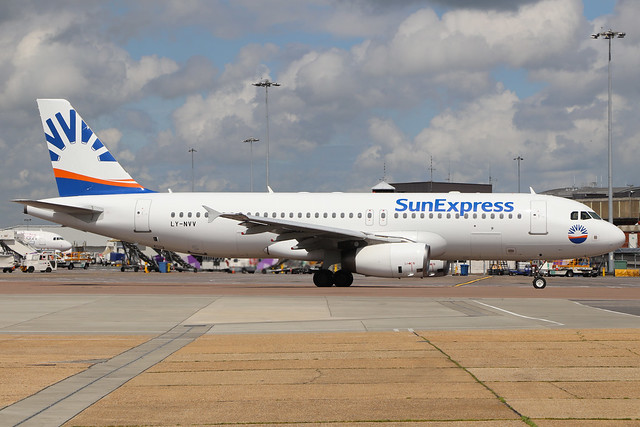 LY-NVV  -  Airbus A320-232  -  Sun Express (Lease from Avion Express)  -  LTN/EGGW 14-6-19