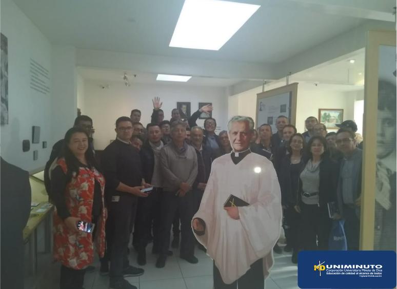 Visita programa Ingeniería Industrial al Museo Padre Rafael