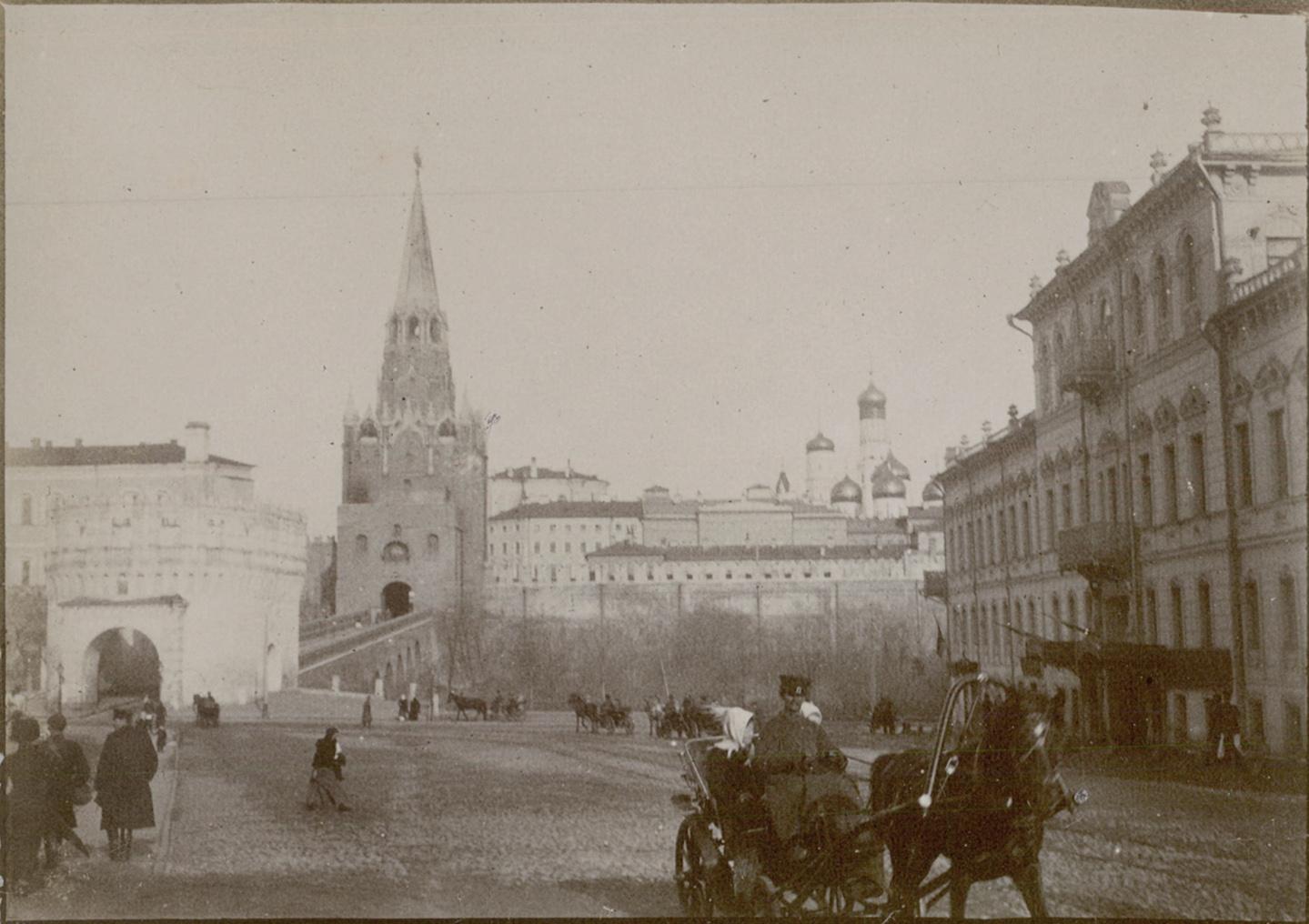Троицкие ворота. 1895