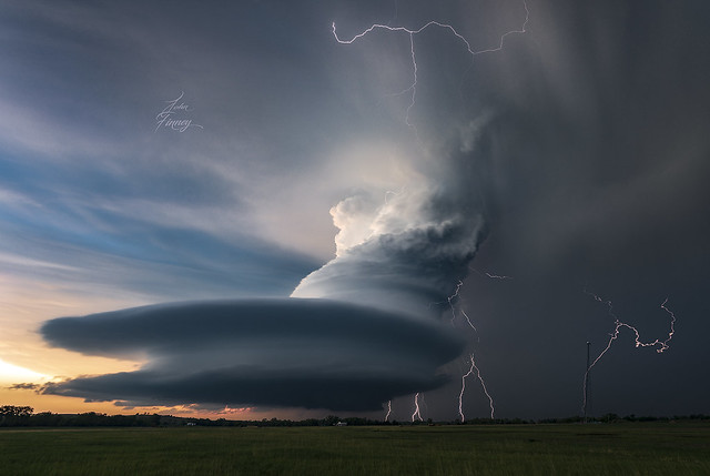 Mesocyclone Electric storm