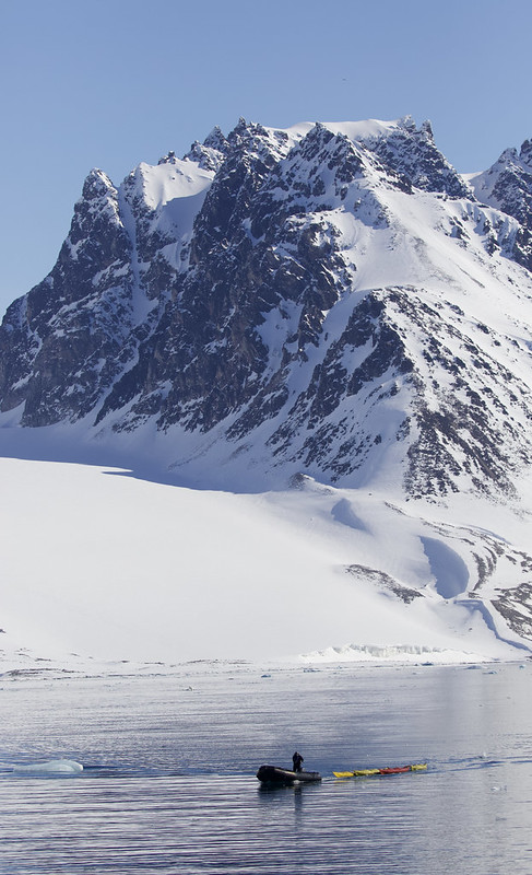 Zodiac with kayacs MAgdalena Fjord_Norway_Ascanio 199A7424