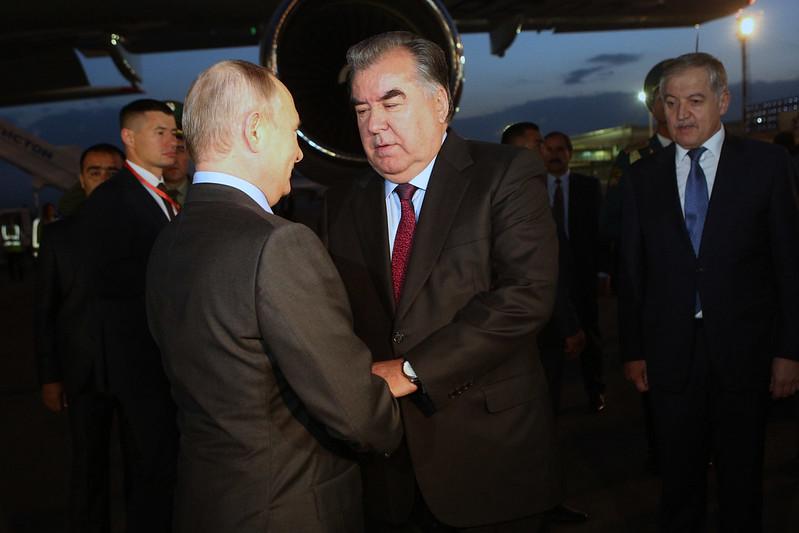 Президент Республики Таджикистан Эмомали Рахмон встретился с Президентом Российской Федерации Владимиром Путиным