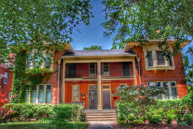 Brantford Ontario - Canada  - 62 64 Lorne Crescent  - Milton H. Robertson and Arthur G. Olive Origin Houses