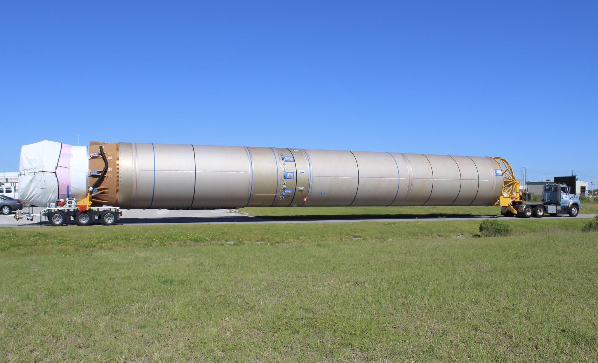 Booster Offload: Atlas V AEHF-5