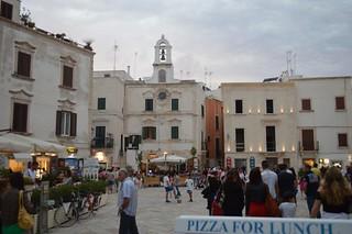 piazza-principale-del