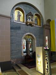 mosaico imagen de santos interior iglesia Santos Cosme y Damian Clervaux Luxemburgo 02