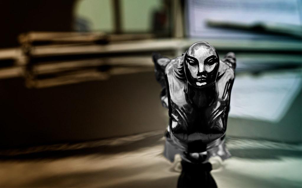 1931 Cadillac Hood Goddess ornament