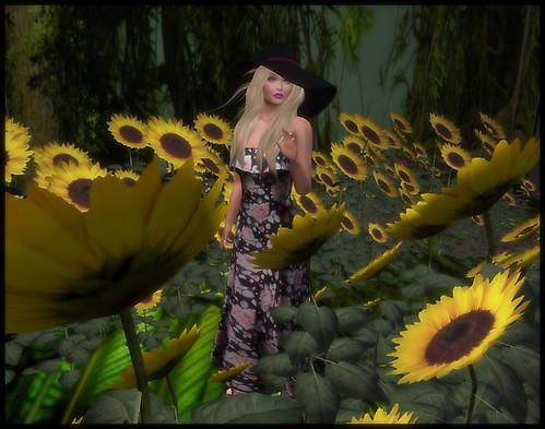 PH - Granny's Garden Dress  @REDEUXand Image Essentials POSES