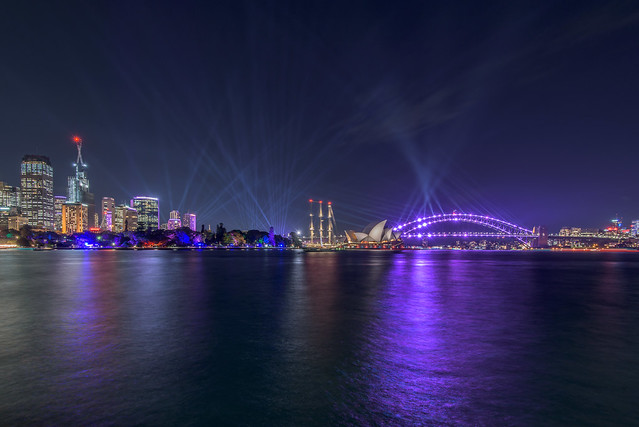 sydney_harbour_vivid