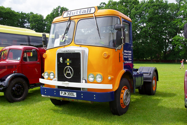 1973 Atkinson 220 Cummins 10-speed Roadrunner 4x2 Tractor Unit (diesel)