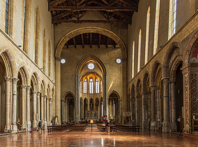 interior of San Lorenzo Maggiore 1.)1904-4074