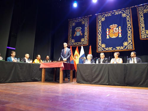 Alexis Tejera toma posesión como alcalde de San Bartolomé