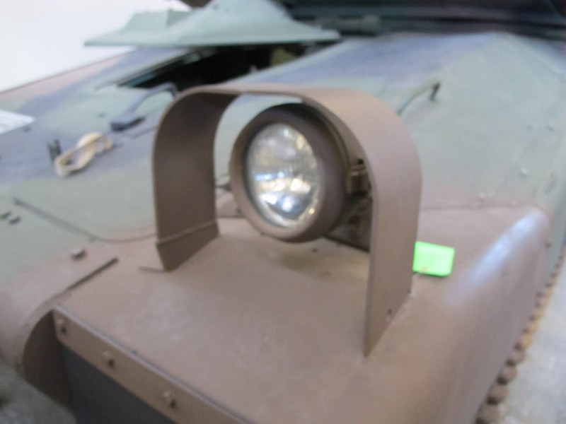 Close Combat Vehicle Light 00003
