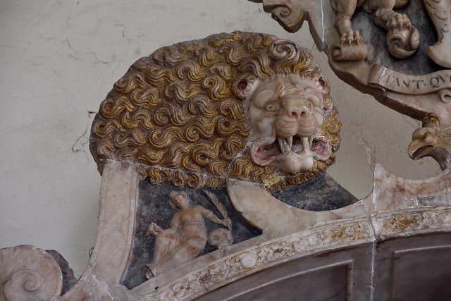 Wickham, Hampshire, St. Nicolas's church, monument to Wm. Uvedale †1569, detail