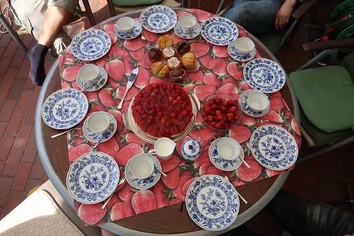 Kaffee- und Kuchen (Tischbild)