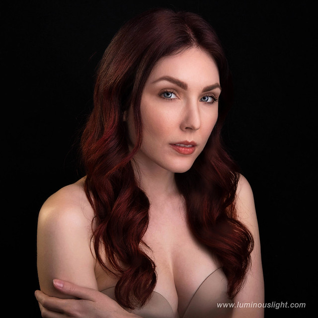 Kaitlin Chapple - in beauty closeup