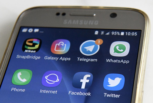 SINGAPORE-US-INTERNET-FACEBOOK-TELEGRAM-TWITTER