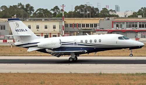 N100QS LMML 12-06-2019 NetJets Aviation Bombardier BD-700-1A11