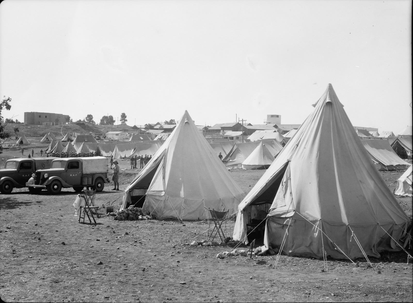 Иерусалим. Лагерь британских солдат на горе Скопус